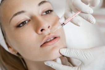 Проведение процедуры контурной пластики лица